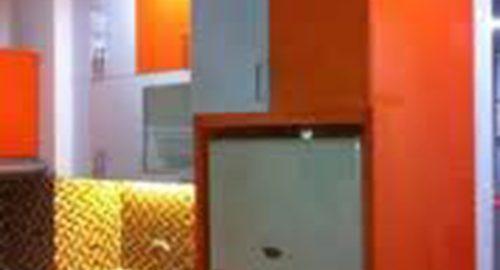 desain-lemari-dapur-warna-orange
