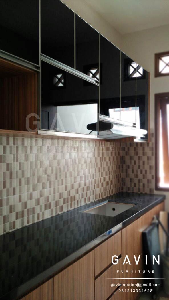 lemari dapur bentuk i minimalis