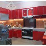 lemari dapur kitchen set warna merah letter u