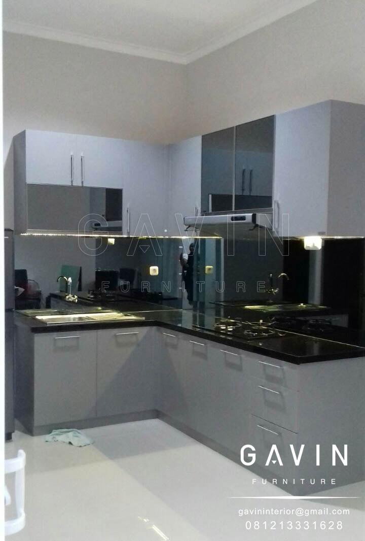 lemari dapur minimalis di Bogor