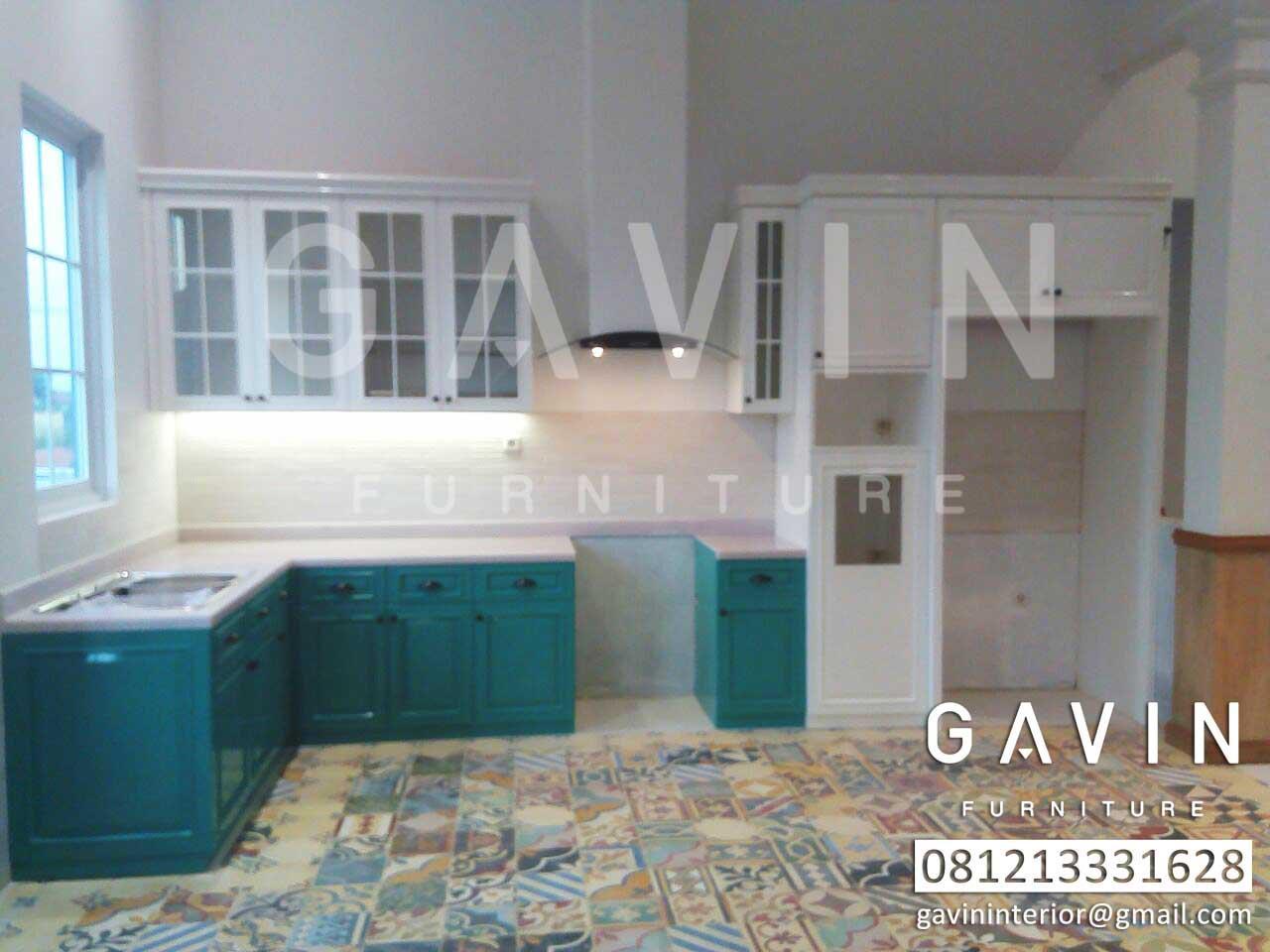 design kitchen set semi klasik by gavin