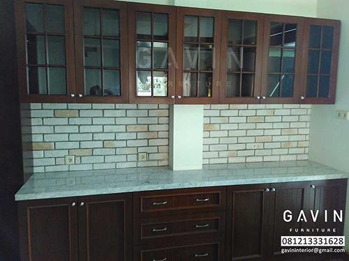 gambar lemari dapur kayu solid jati