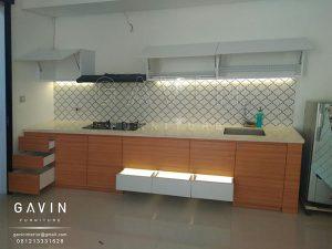 lemari dapur gantung model minimalis