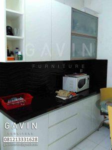 dapur bersih minimalis letter i