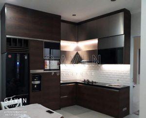 desain lemari dapur gantung minimalis modern terbaru