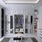 Optimal dengan walk in closet desain klasik modern