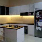 desain kitchen set minimalis dengan island