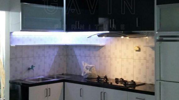 model lemari dapur dan harganya finishing hpl